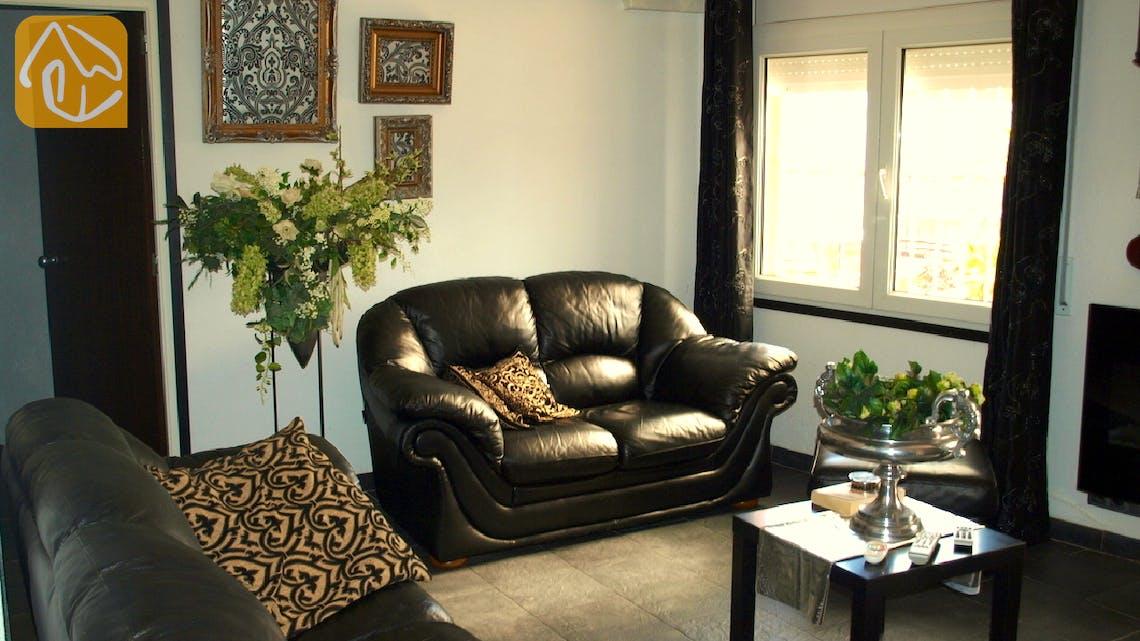 Ferienhäuser Costa Brava Spanien - Apartment Revolution - Wohnzimmer