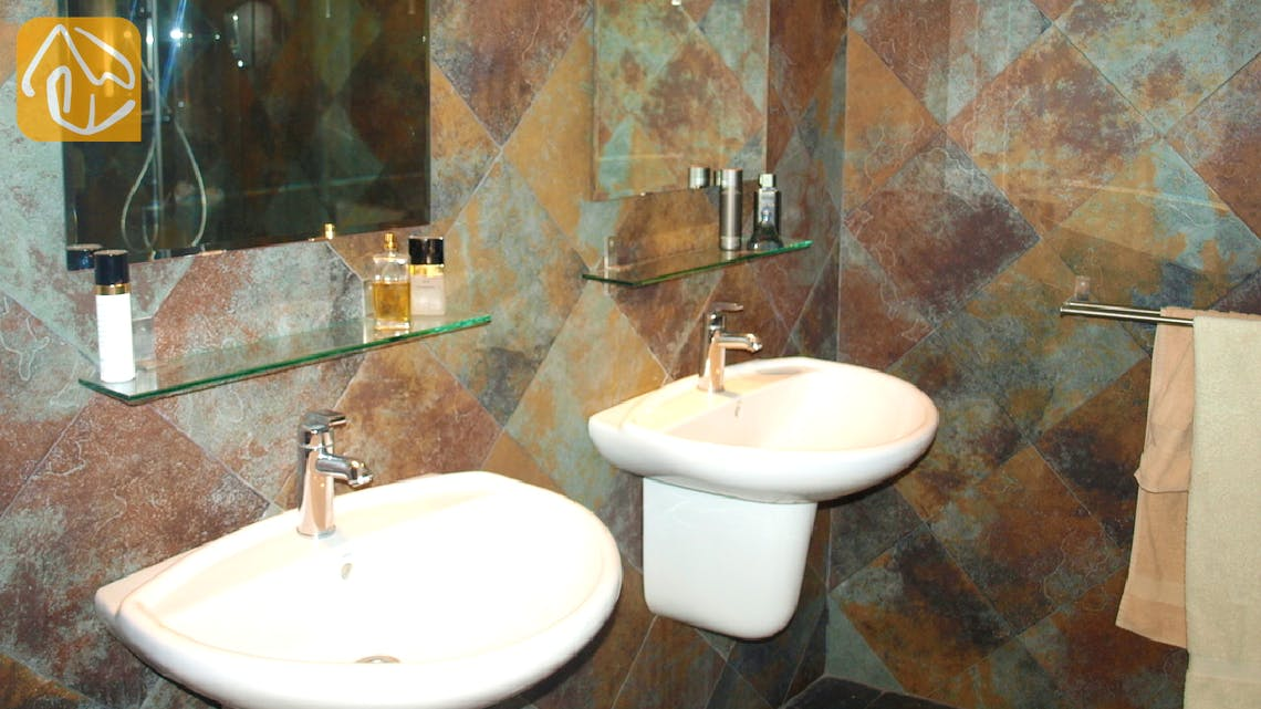 Vakantiehuizen Costa Brava Spanje - Apartment Revolution - Badkamer