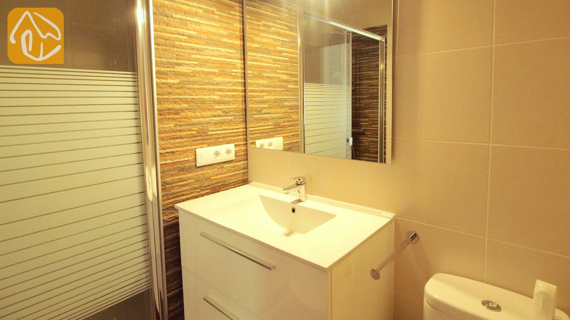 Holiday villas Costa Brava Spain - Villa Blanca - Bathroom