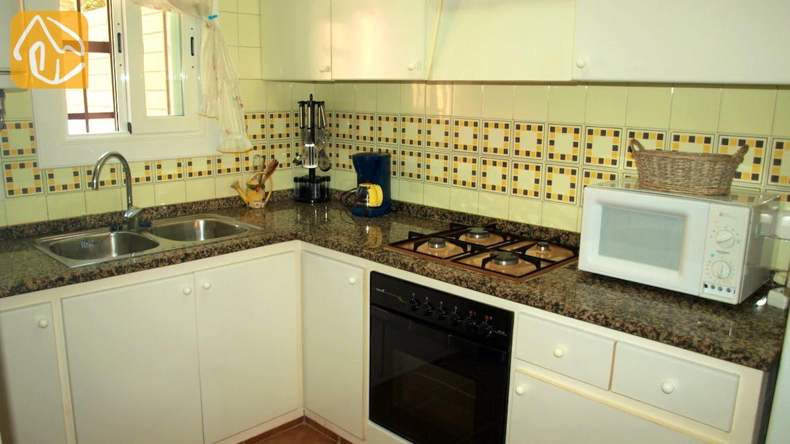 Holiday villas Costa Brava Spain - Villa Blanca - Kitchen