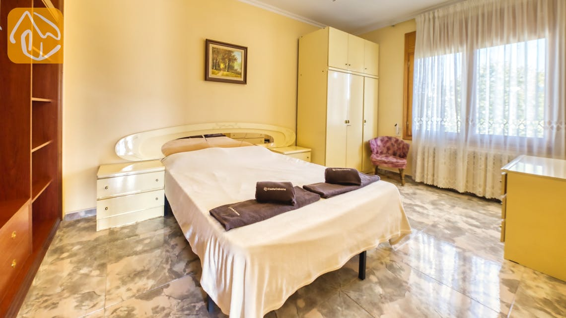 Holiday villas Costa Brava Spain - Villa Baileys - Bedroom