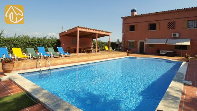 Holiday villas Costa Brava Countryside Spain - Villa Mas Girones - Swimming pool
