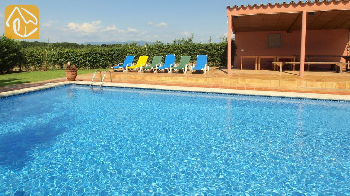 Holiday villas Costa Brava Spain - Villa Mas Girones - Swimming pool