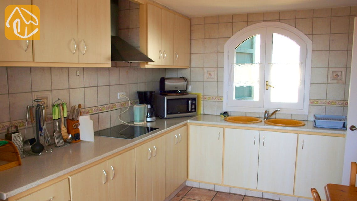 Holiday villas Costa Brava Spain - Villa Coco - Kitchen
