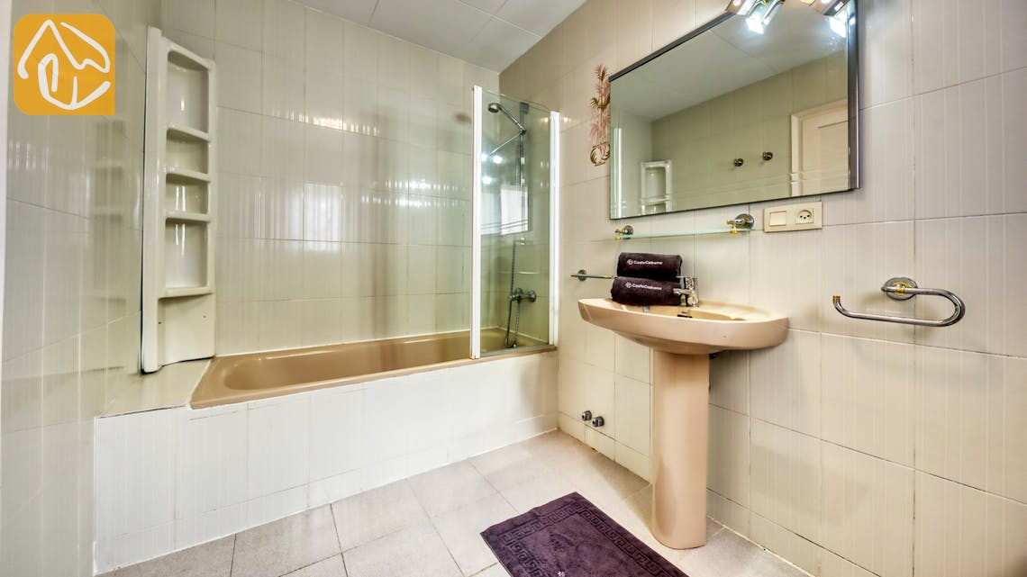 Holiday villas Costa Brava Spain - Villa Miro - Bathroom