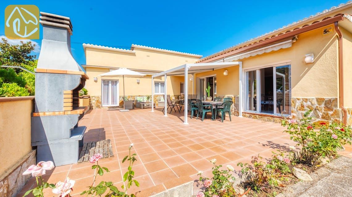 Ferienhäuser Costa Brava Spanien - Villa Miro - BBQ Area