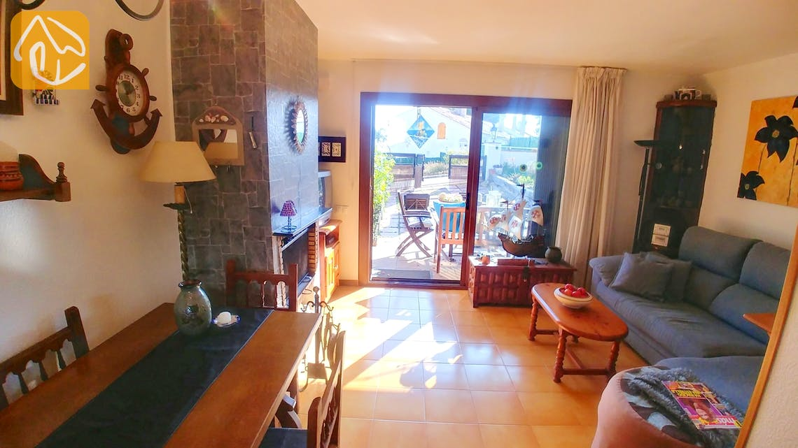 Holiday villas Costa Brava Spain - Casa Maravilla - Living area