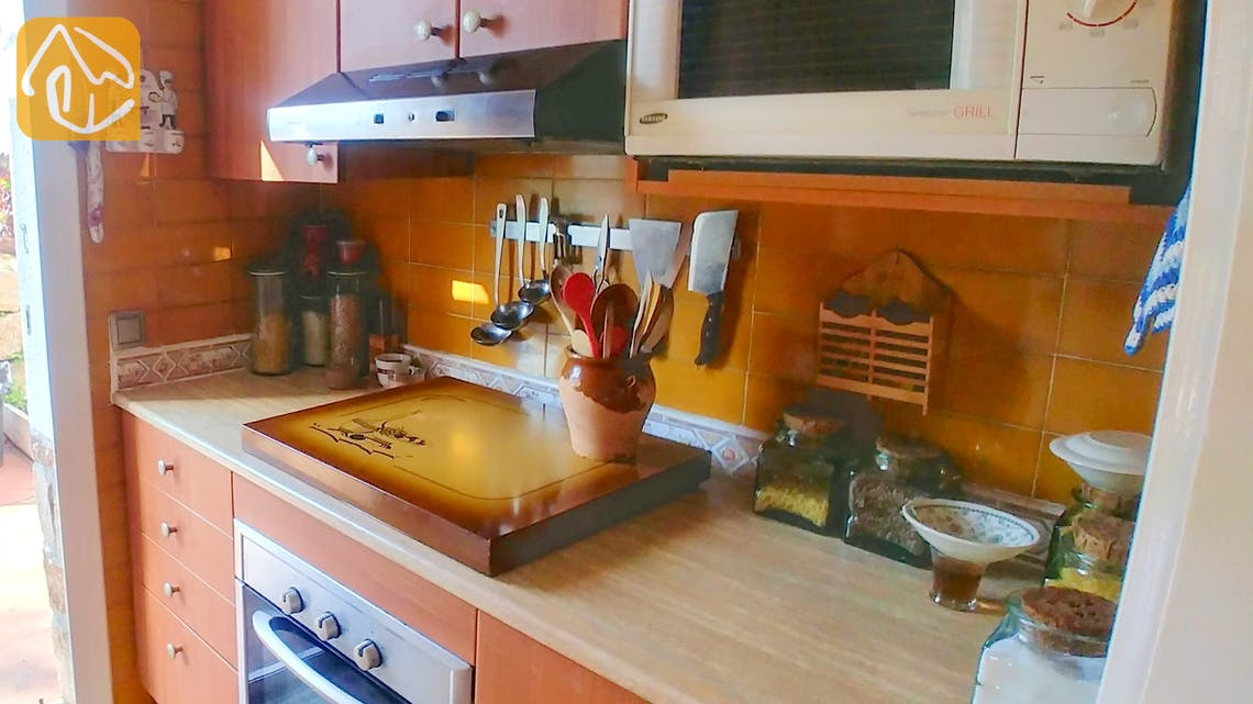 Holiday villas Costa Brava Spain - Casa Maravilla - Kitchen