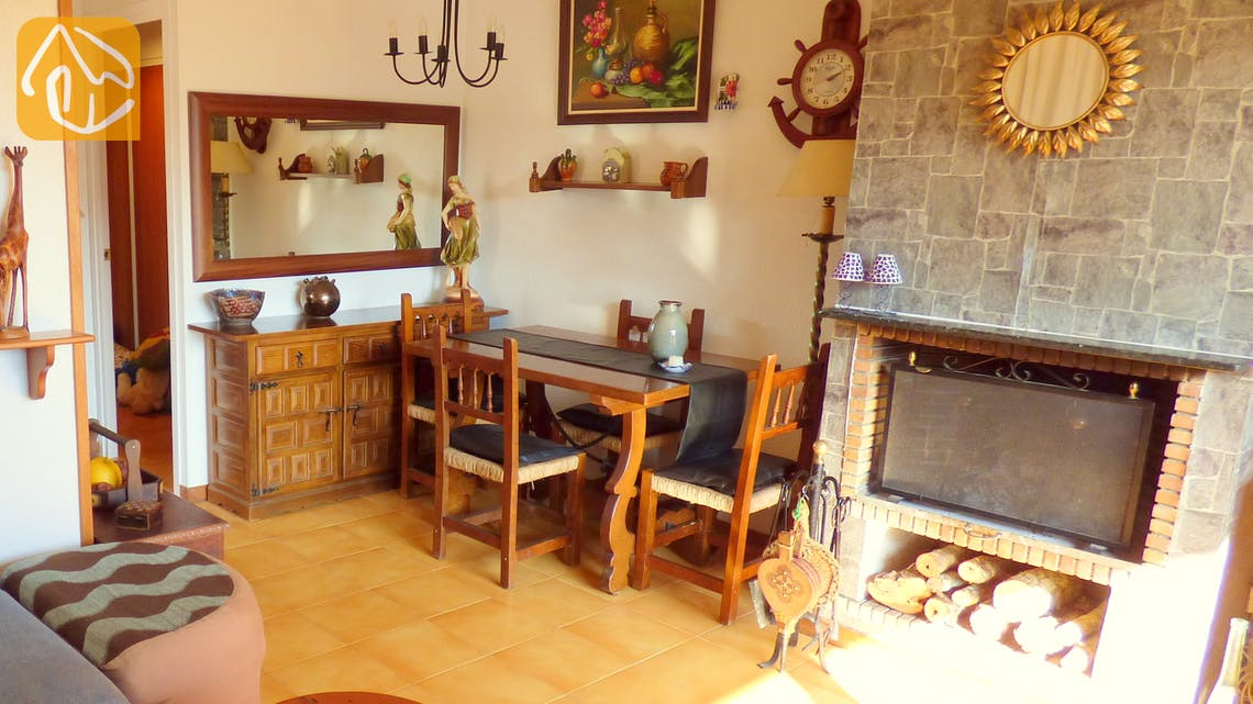 Holiday villas Costa Brava Spain - Casa Maravilla - Dining area