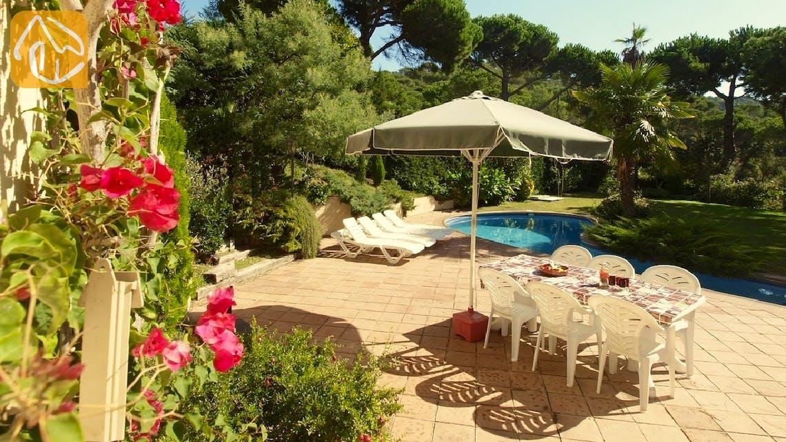 Holiday villas Costa Brava Spain - Villa Jasmin - Garden