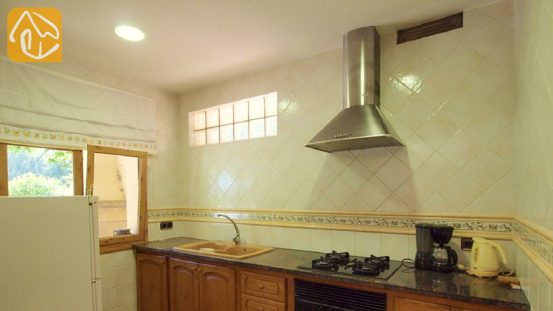 Holiday villas Costa Brava Spain - Villa Jasmin - Kitchen