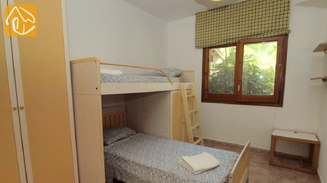 Holiday villas Costa Brava Spain - Villa Jasmin - Bedroom