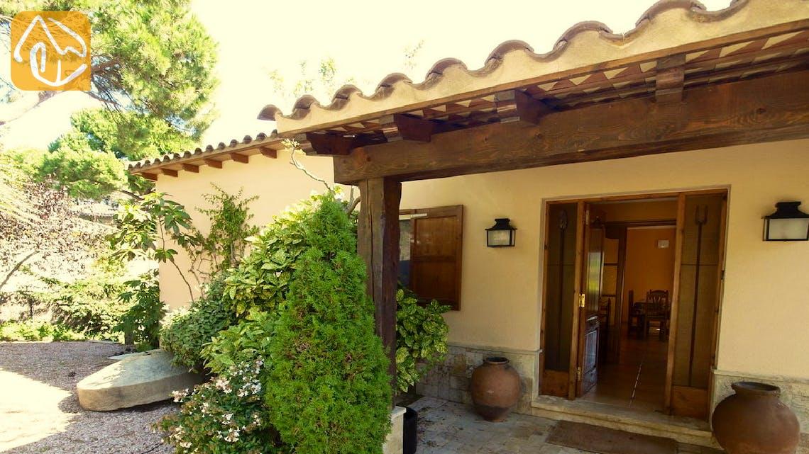 Holiday villas Costa Brava Spain - Villa Jasmin - Entrance