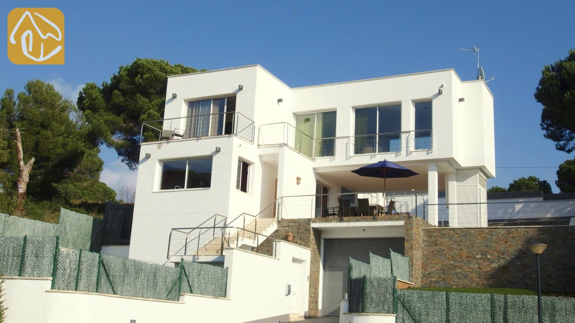 Holiday villas Costa Brava Spain - Villa Amazing - Villa outside