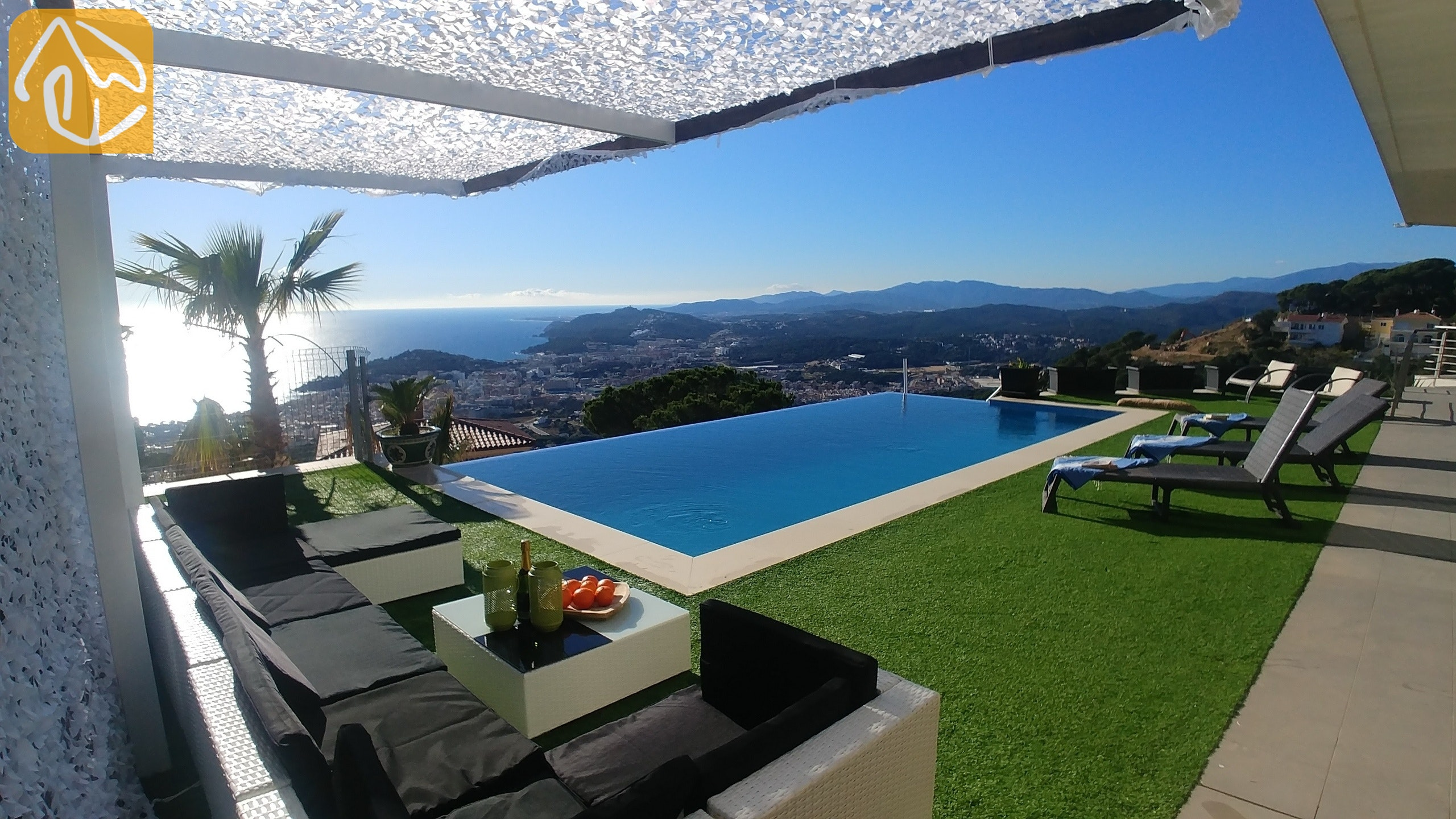 Ferienhäuser Costa Brava Spanien   Villa Jewel   Sitzecke