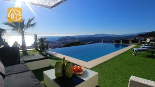 Holiday villas Costa Brava Spain - Villa Jewel - Swimming pool