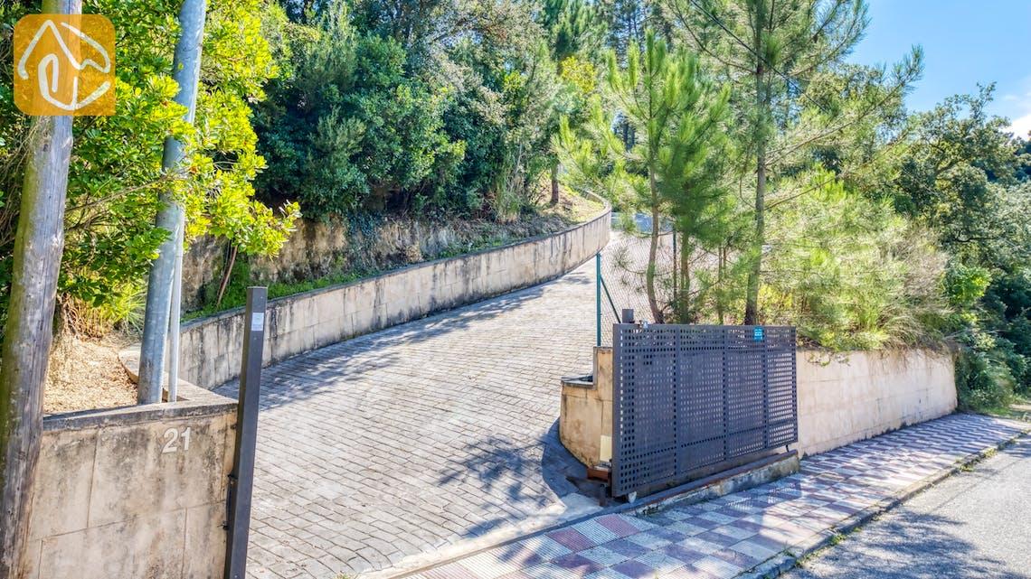 Casas de vacaciones Costa Brava España - Villa Esmee - Street view arrival at property