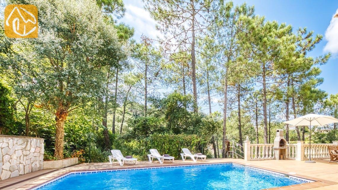 Holiday villas Costa Brava Spain - Villa Esmee - Swimming pool