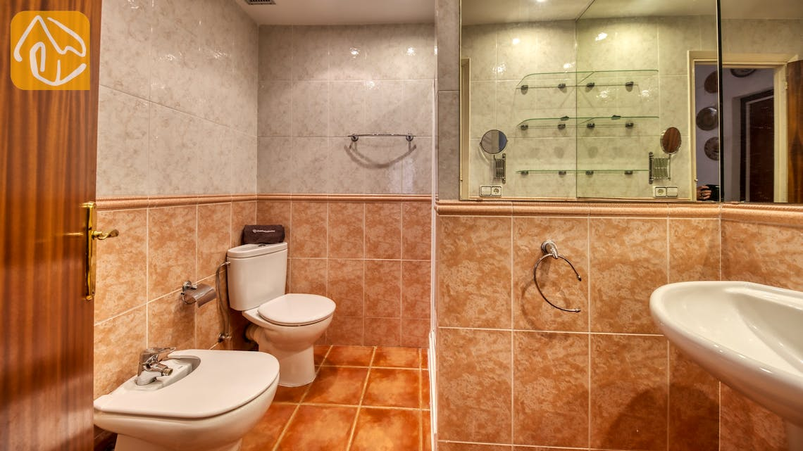 Holiday villas Costa Brava Spain - Casa Vistamar - Bathroom