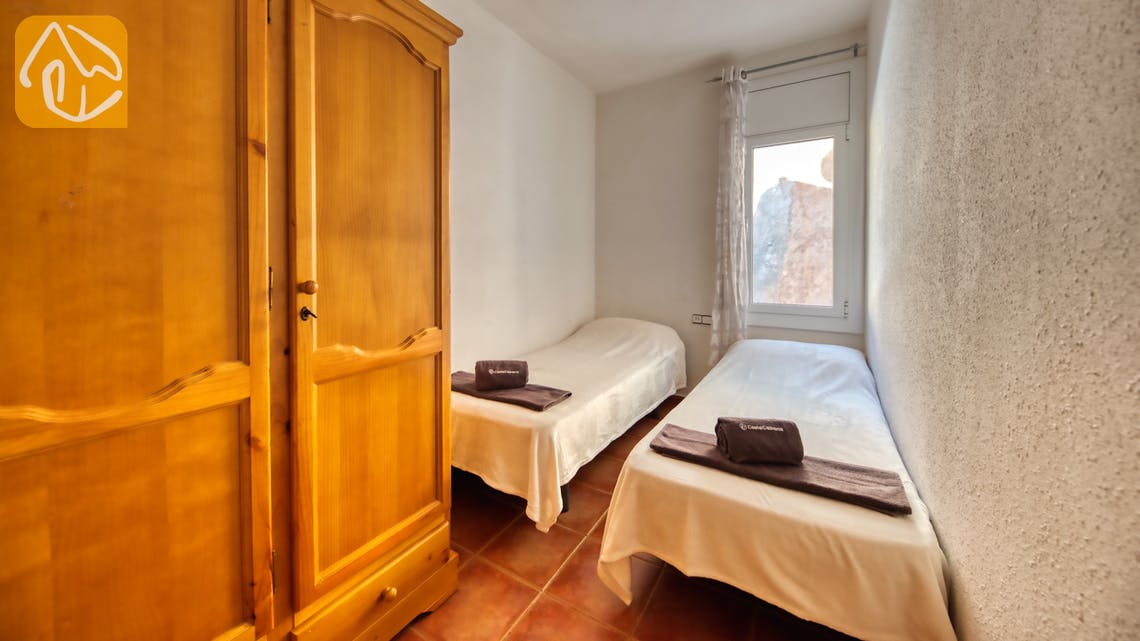 Holiday villas Costa Brava Spain - Casa Vistamar - Bedroom