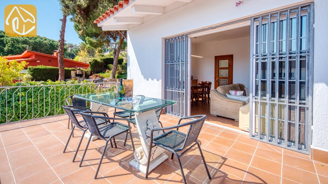 Holiday villas Costa Brava Spain - Villa Mestral - Terrace