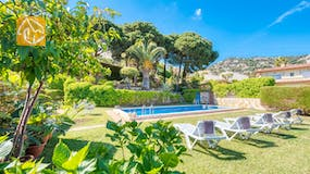 Holiday villa Costa Brava Spain - Villa Mestral - Swimming pool