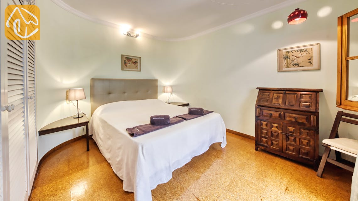 Holiday villas Costa Brava Spain - Villa Lazelle - Bedroom