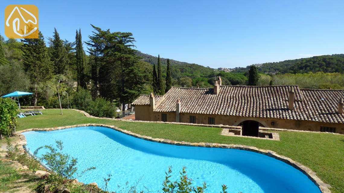 Holiday villas Costa Brava Spain - Villa Da Vinci - Swimming pool