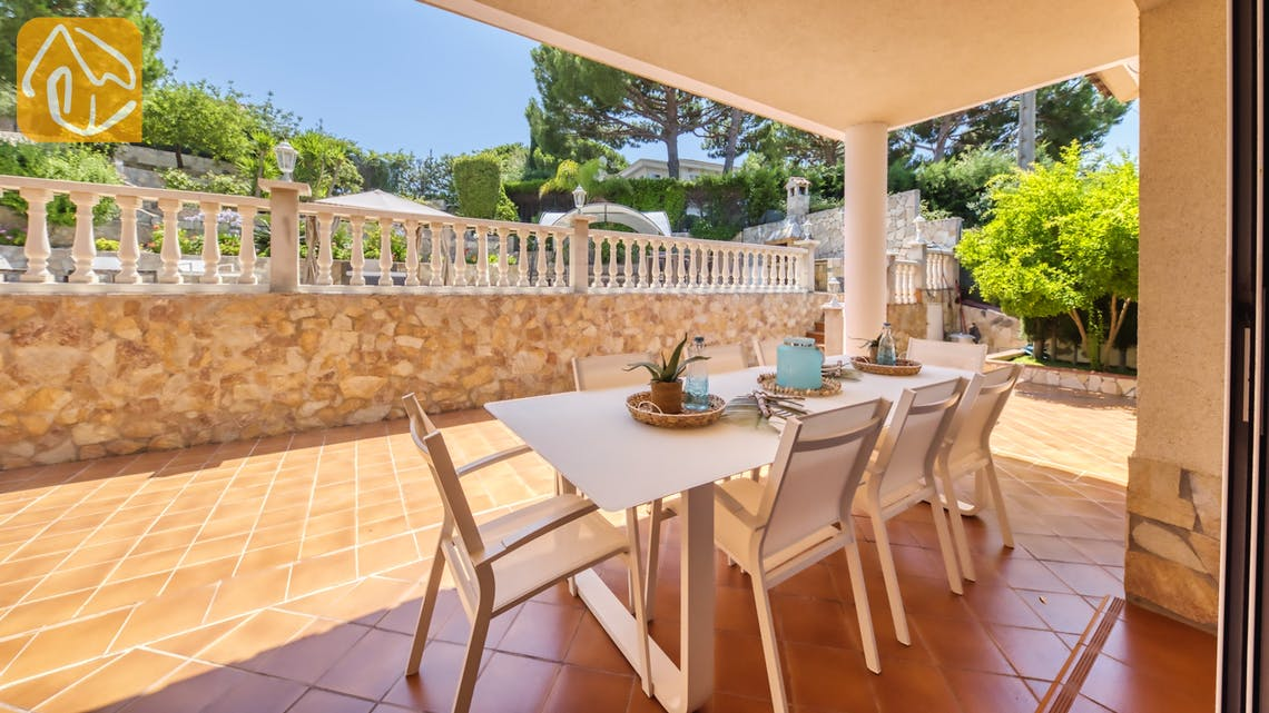 Holiday villas Costa Brava Spain - Villa Lorena - Dining area