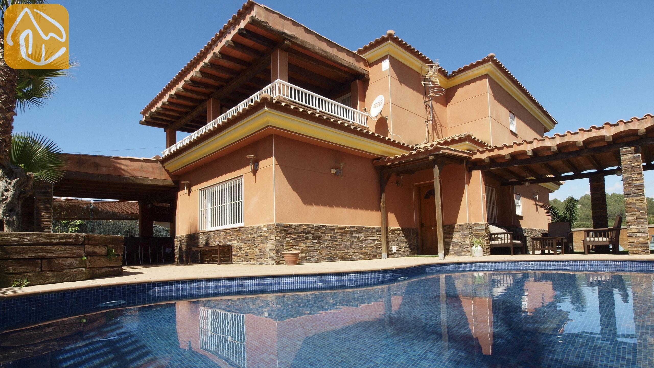Ferienhäuser Costa Brava Spanien   Villa Lucia   Villa Außenbereich