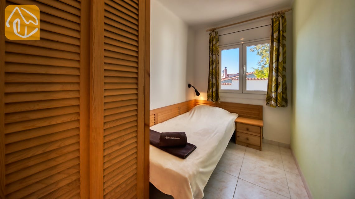 Holiday villas Costa Brava Spain - Villa Elfi - Bedroom