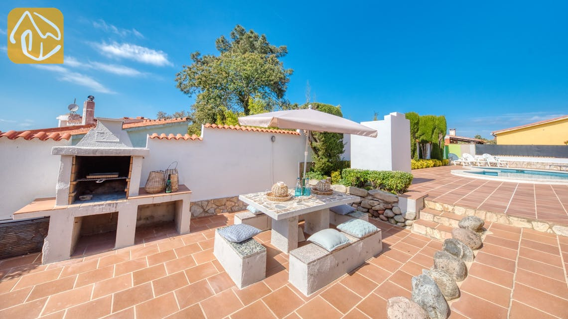 Holiday villas Costa Brava Spain - Villa Elfi - Villa outside