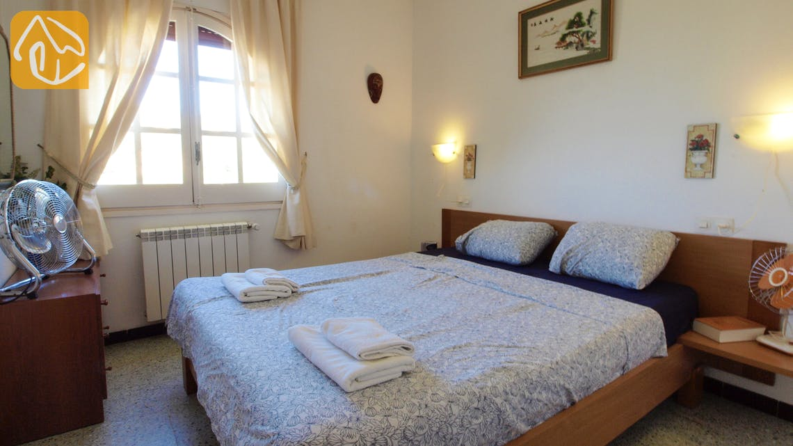 Holiday villas Costa Brava Spain - Villa Shelby - Bedroom