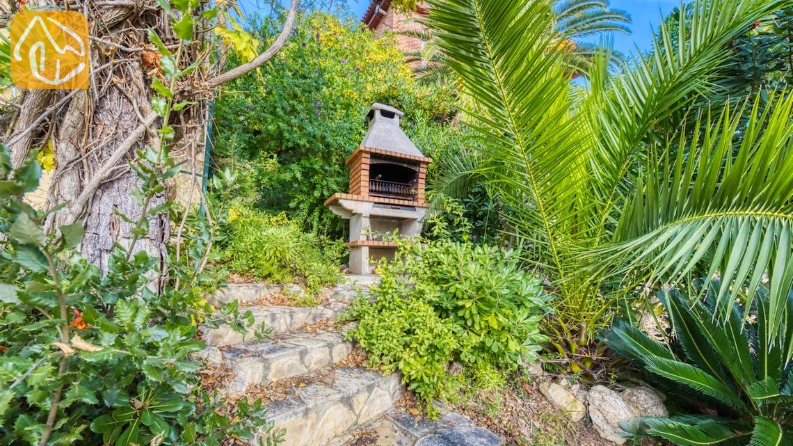 Holiday villas Costa Brava Spain - Villa Soraya - BBQ Area