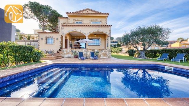 Holiday villas Costa Brava Spain - Villa Picasso - Villa outside