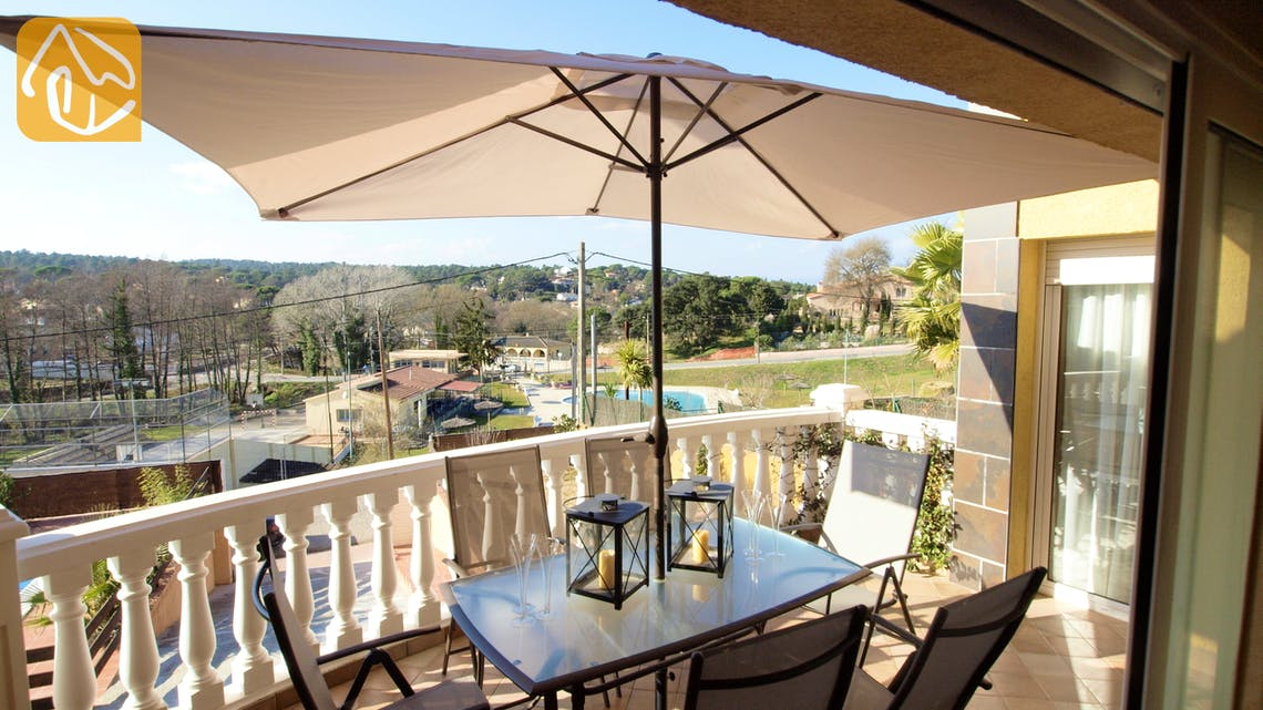 Holiday villas Costa Brava Spain - Villa Yinthe - Villa outside