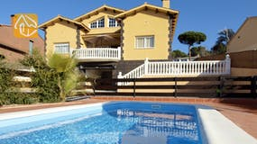 Holiday villa Spain - Villa Yinthe - Villa outside