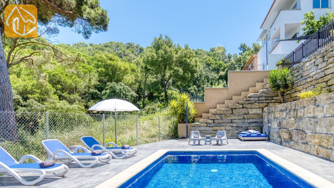 Casas de vacaciones Costa Brava España - Villa Fransisca - Tumbonas