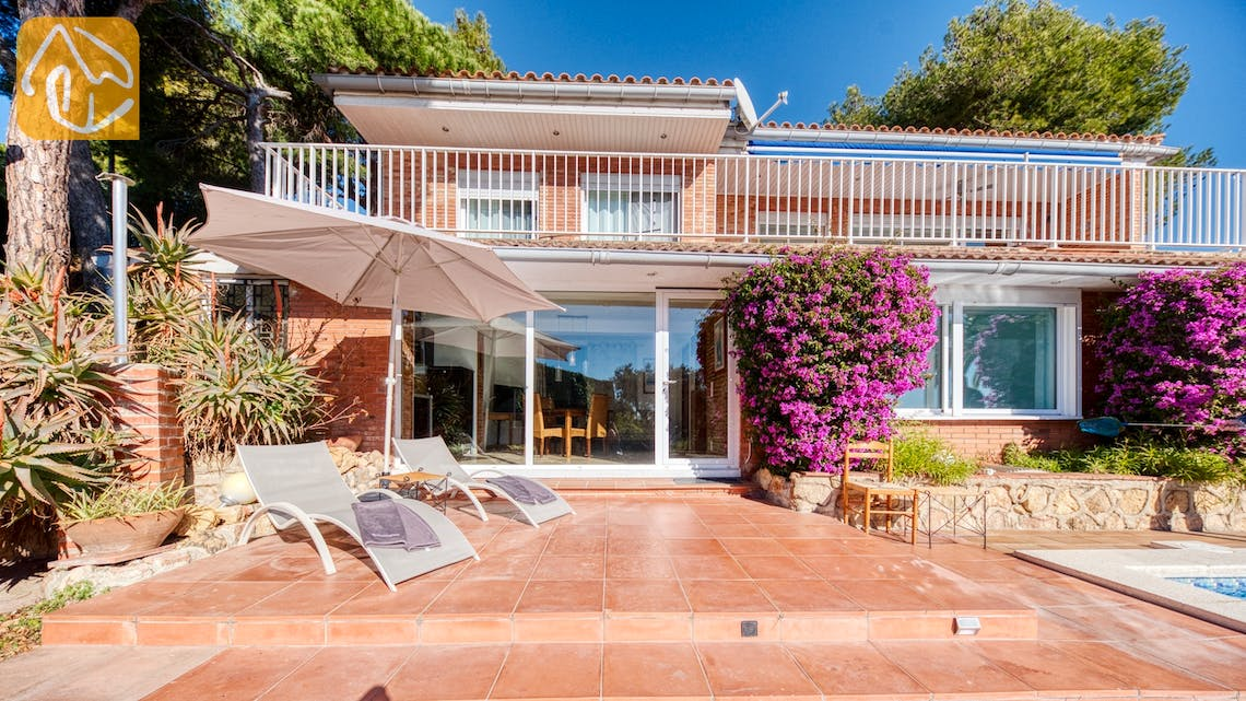 Holiday villas Costa Brava Spain - Villa Gabriella - Villa outside