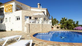 Holiday villas Costa Brava Spain - Villa Senna - Villa outside