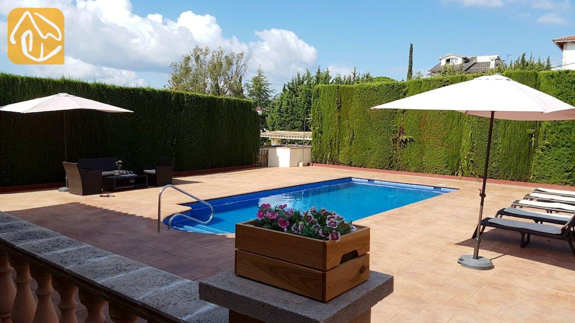 Holiday villas Costa Brava Spain - Villa Gala - Swimming pool