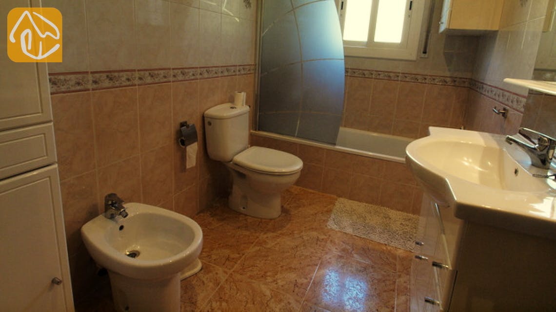Holiday villas Costa Brava Spain - Villa Chantal - Bathroom