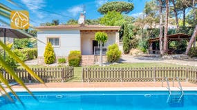 Holiday villa Costa Brava Spain - Villa Chantal - Villa outside