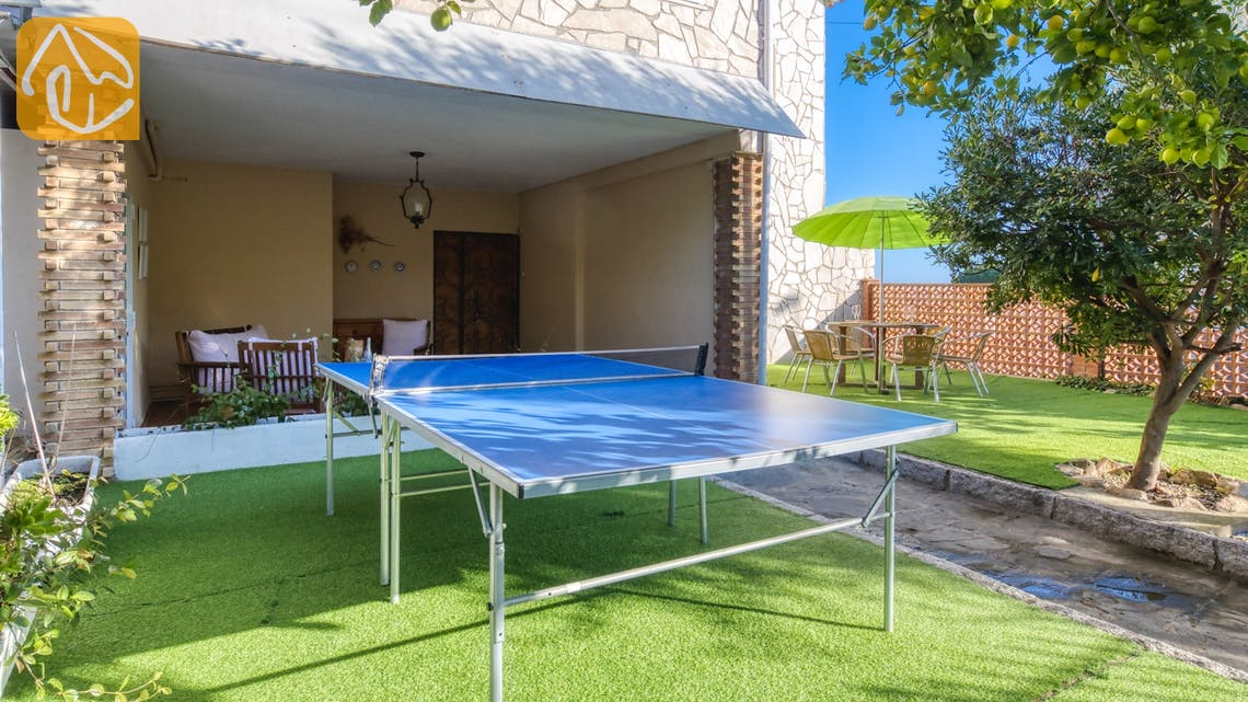 Holiday villas Costa Brava Spain - Villa Abigail - Play area