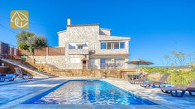 Holiday villas Costa Brava Spain - Villa Abigail - Villa outside