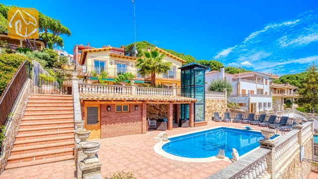Holiday villas Costa Brava Spain - Villa Dolce Vita - Villa outside