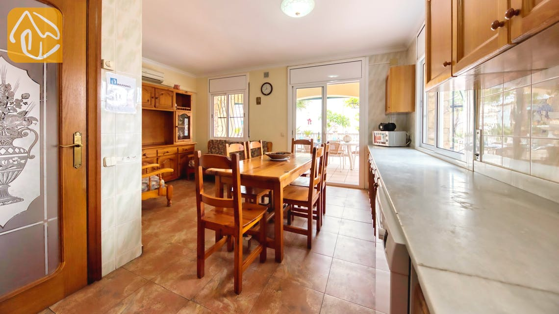 Holiday villas Costa Brava Spain - Villa Dolce Vita - Kitchen