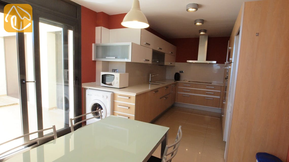 Holiday villas Costa Brava Spain - Villa Macey - Kitchen