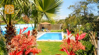 Holiday villas Costa Brava Spain - Villa Magnolia - Garden