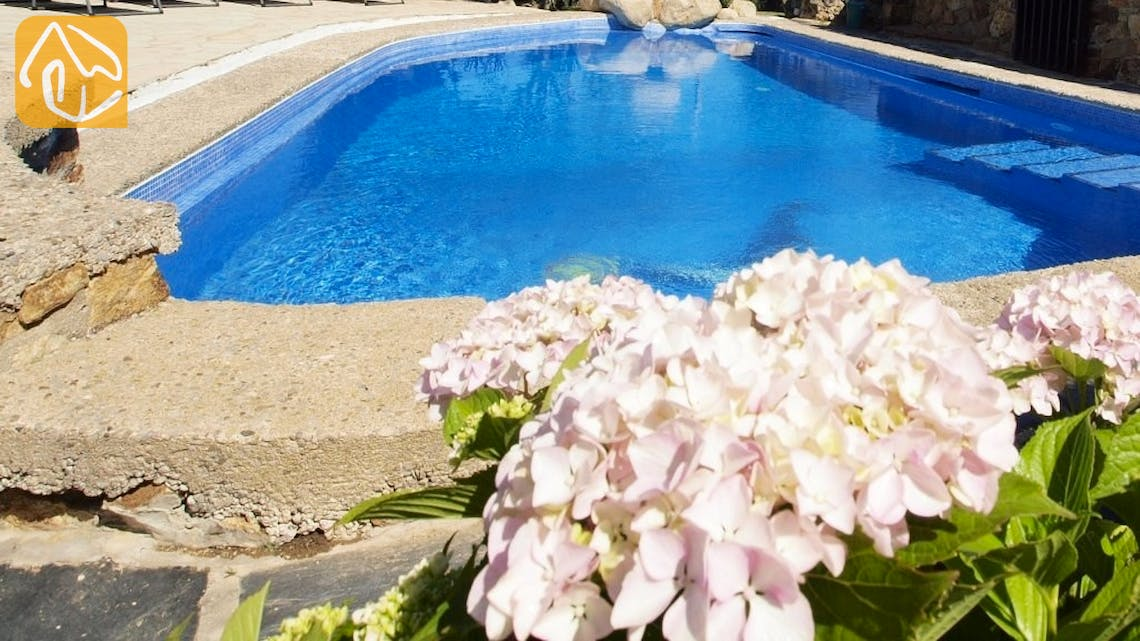 Holiday villas Costa Brava Spain - Villa Lancelot - Swimming pool